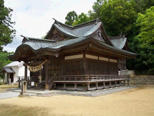 富田神社本殿